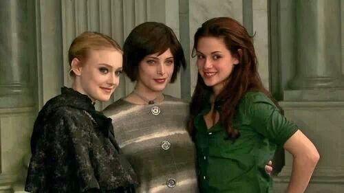 Dakota Fanning Jane Ashley Greene Alice Kristen Stewart
