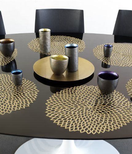 Amazon Com Chilewich Dahlia Pressed Vinyl Round Placemat 15 Brass Place Mats Table Placemats Table Mats