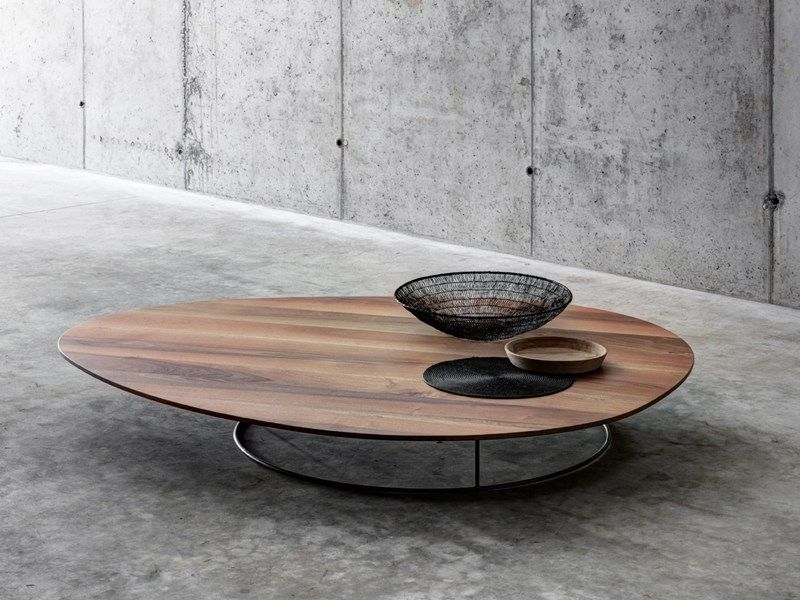 Large low coffee table in solid wood by fioroni coffee for Low coffee table wood