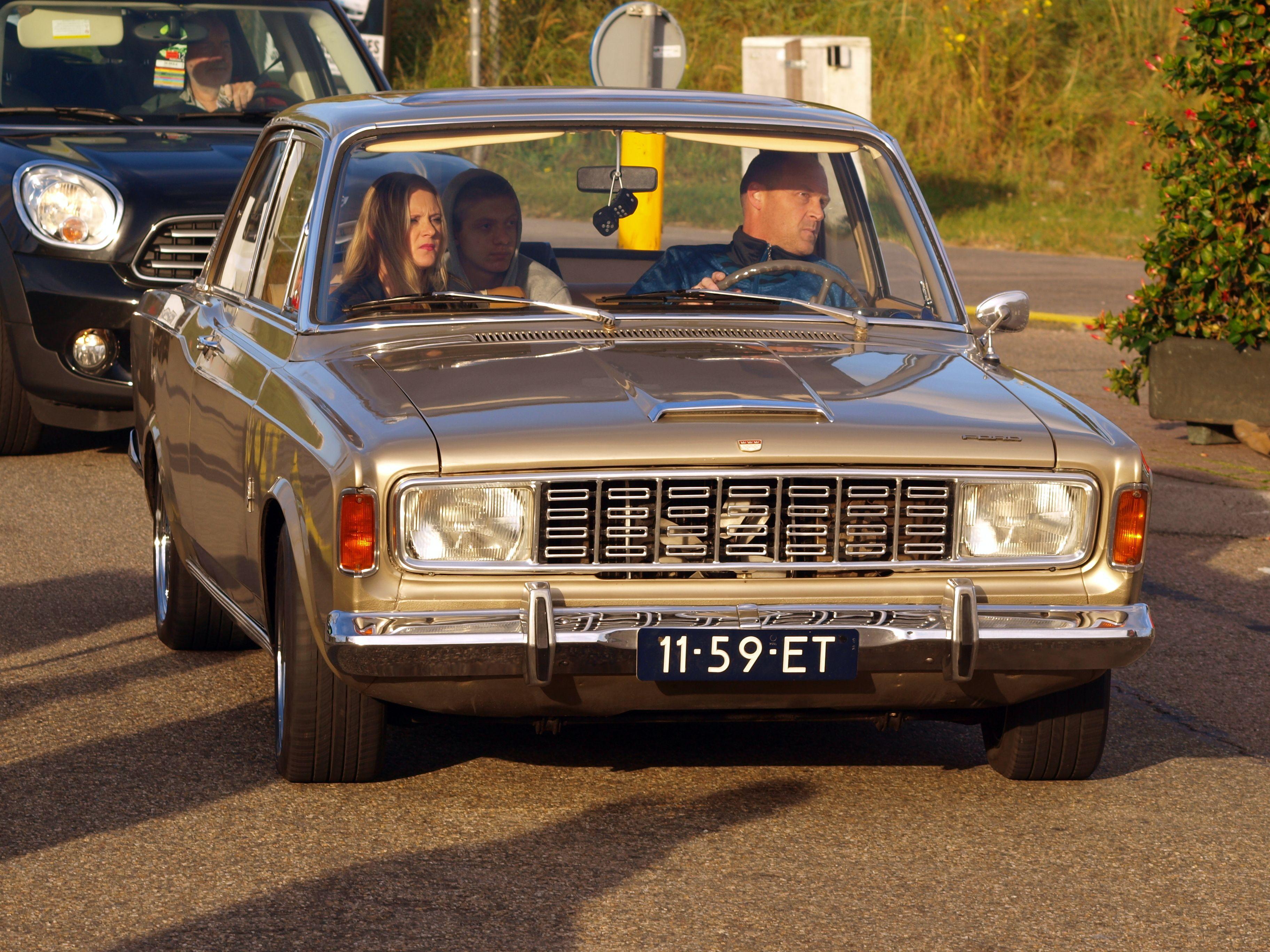 Pin Von Kocaer Sinan Auf Ford Taunus Oldtimer Ford Autos