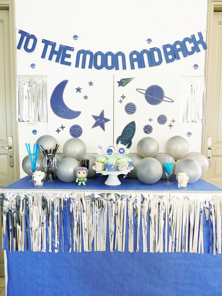 Outer Space Party Decor with the Foil Quill #outerspaceparty