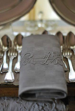 gray linen napkins.