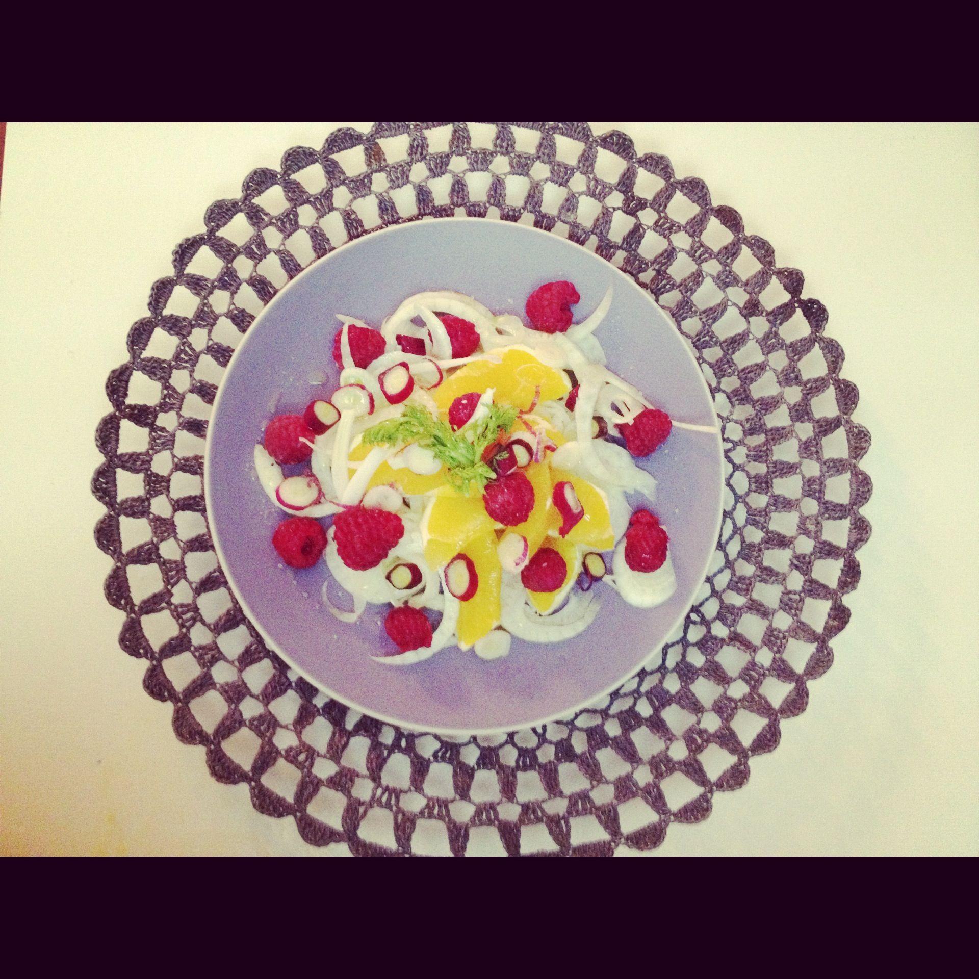 Fennel, raspberries and orange salad.