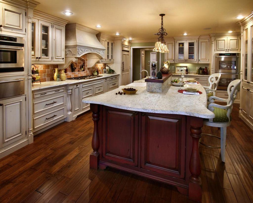 Soft-orange-cream-ceiling-master-traditional-kitchen ...