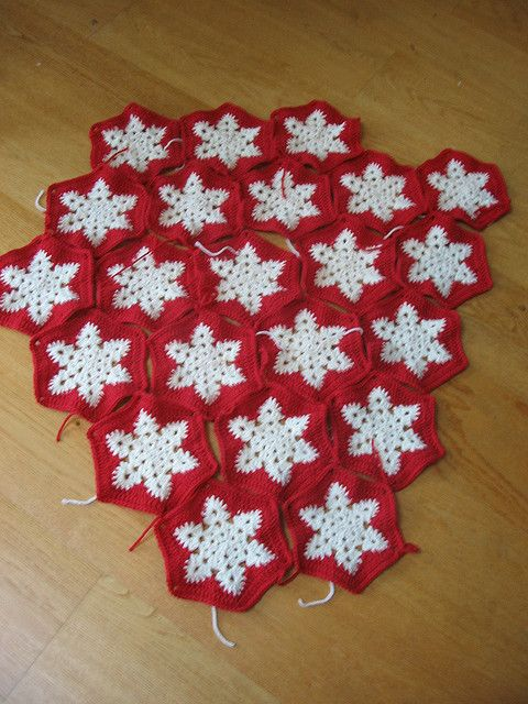 red and white snowflake afghan | modelos para hacer | Pinterest ...