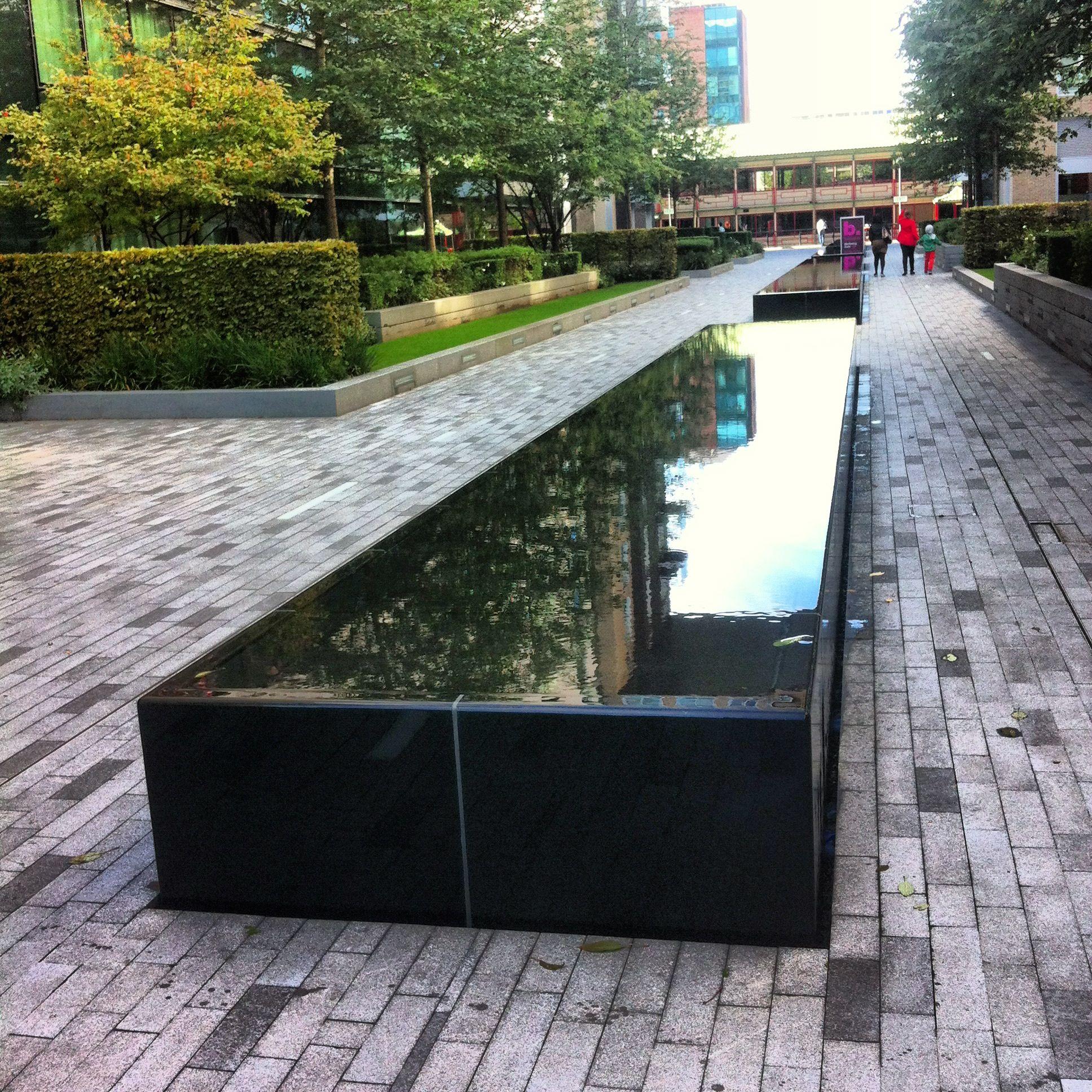Baltimore Wharf Cube Mirror Water Feature Modern Water