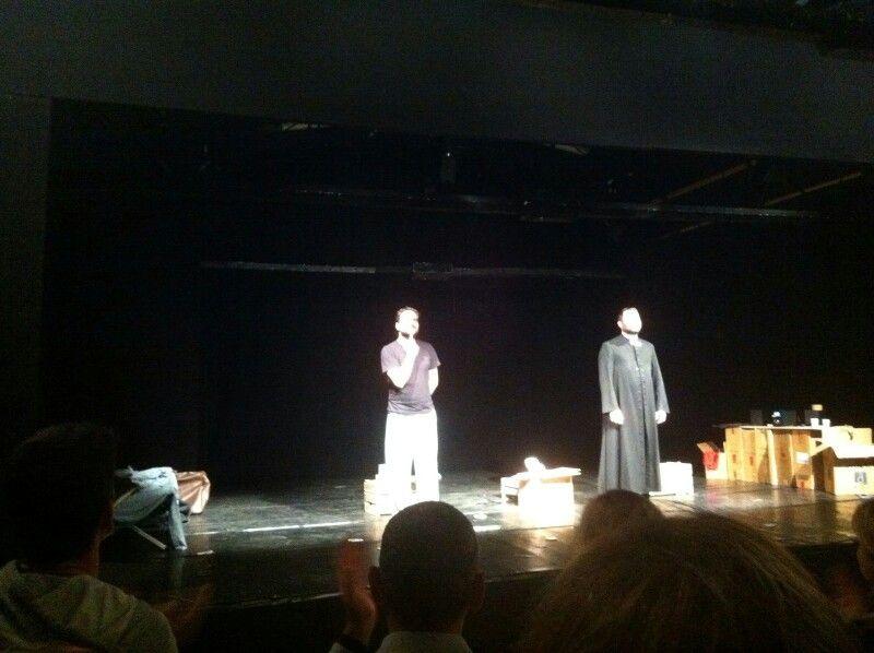 Intenso e vibrante.Vero Mutu theatre teatroLibero Milano