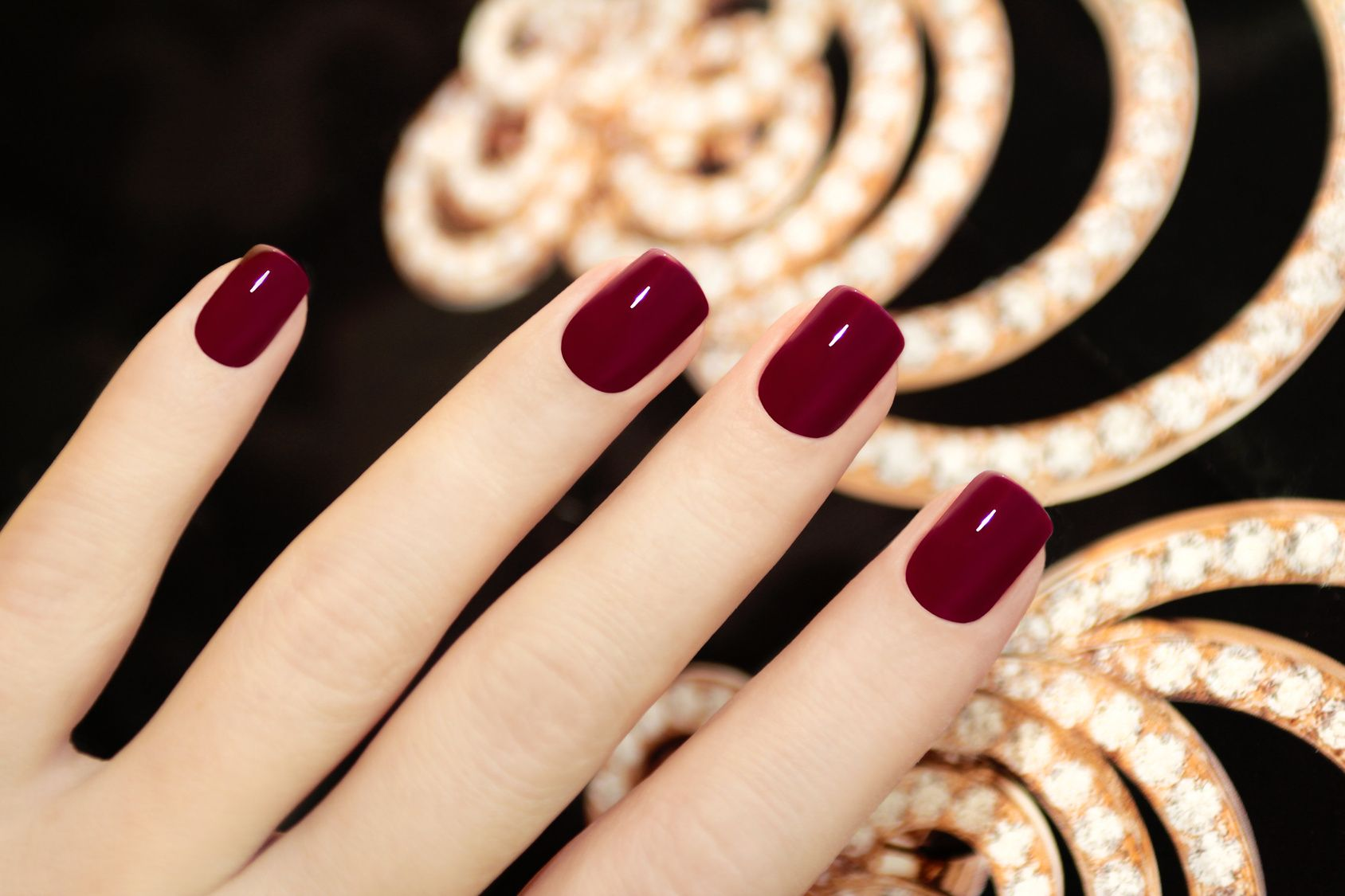 Dark Red Nails for Fall and Winter ! | BeautyFUL stuff | Pinterest ...