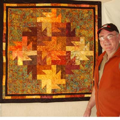 quilt pattern leaves | wall hanging that features an intricate ... : fall quilt patterns free - Adamdwight.com