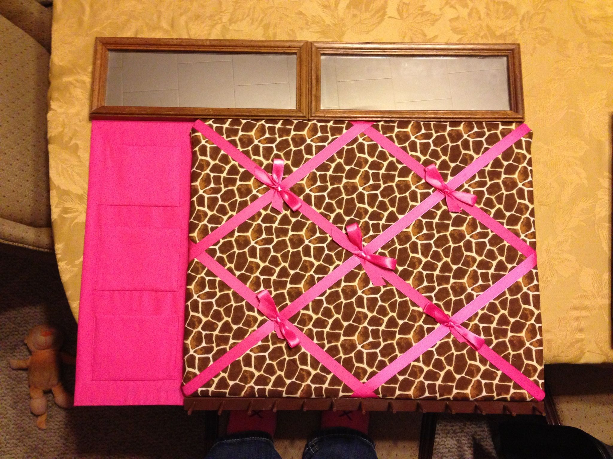 Giraffe & pink picture board with pockets, hooks,& mirrors!