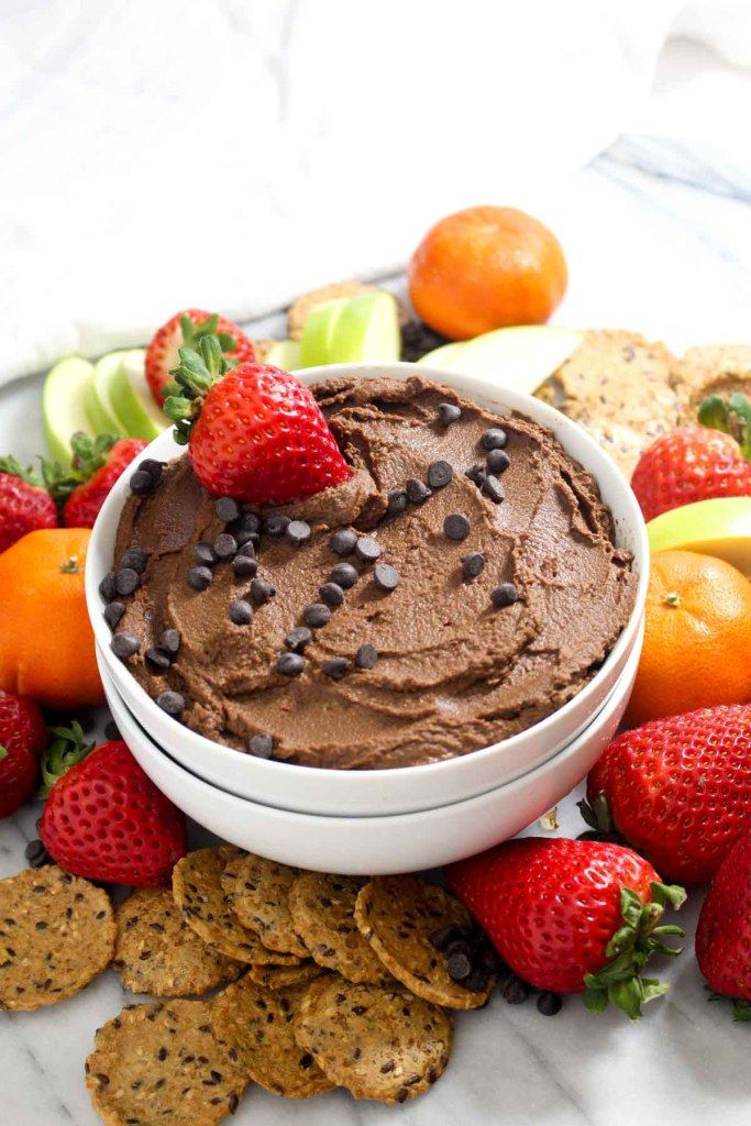 Chocolate Brownie Batter Hummus #desserthummus