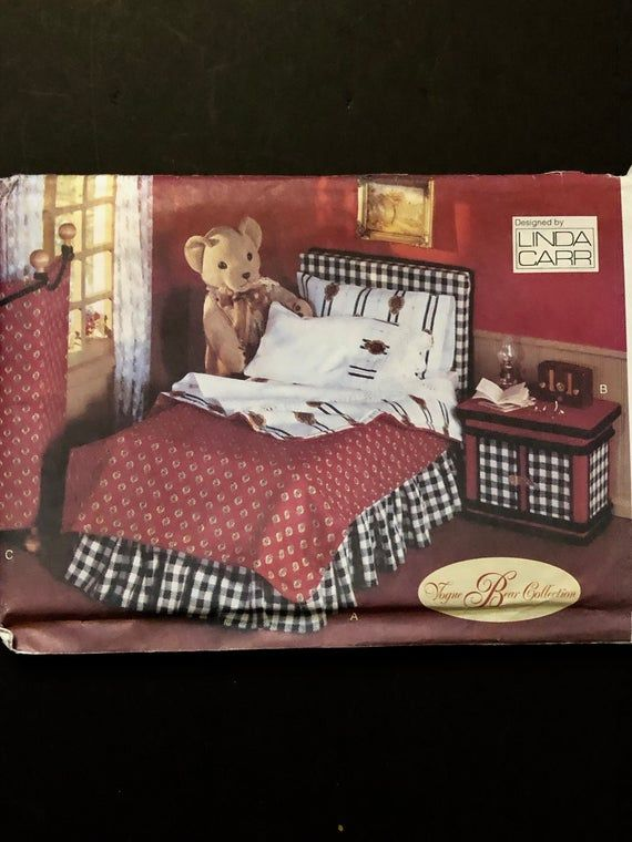 Vogue Craft Pattern 9604 - Bear Bedroom Furniture set, Nightstand, Folding Screen, Bed, Dust Ruffle, Pillows and pillowcases. Complete UNCUT