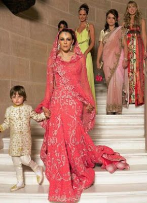At Her Indian Wedding To Arun Nayar Elizabeth Hurley Wore This Different Pink Tarun Tahiliani In 2020 Famous Wedding Dresses Pink Wedding Dresses Indian Wedding Gowns