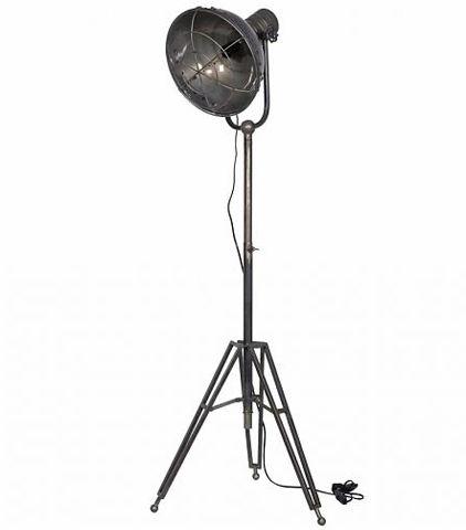 De hanglampen en tafellampen lieten we al aan je zien. Ontbreken nog de vloerlampen. Vloerlampen die op hun buurt ook weer multifunctioneel kunnen zijn.
