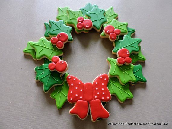 Holiday Holly Wreath Pull Apart Cookie Platter 2676 Products