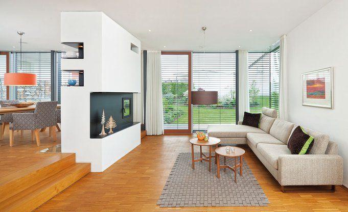 Innenräume: Modernes Einfamilienhaus im Bauhaus-Stil. Von ...