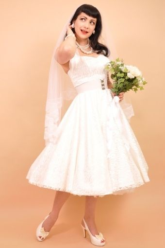 This Wonderful 1950s Halter White Satin Lace Swing Wedding Dress Is Made