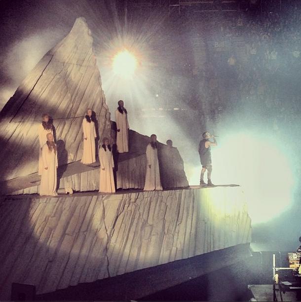 Kanye West Yeezus Tour Set Designers Mark Fisher And Lighting Designer Patrick Woodroffe Yeezus Tour Kanye West Yeezus Yeezus