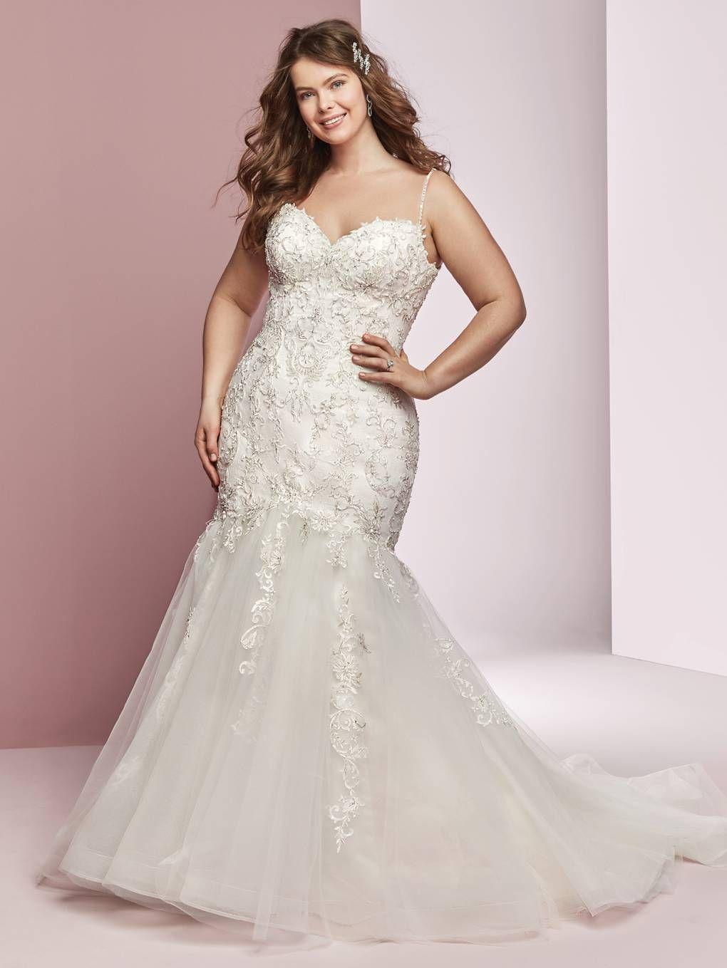 Plus size wedding dress designers  Wedding Dresses For Girls With Curves  Vestidos de novia