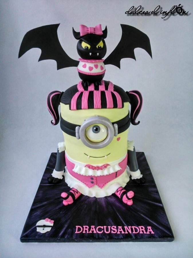 Enjoyable Minion Draculaura Cake By Floren Bastante Dulces El Inflon Funny Birthday Cards Online Hendilapandamsfinfo
