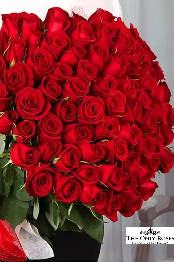 Long Stem Red Preserved Roses Luxury Bouquet In Glass Vase In 2020 Beautiful Rose Flowers Red Rose Bouquet Roses Luxury