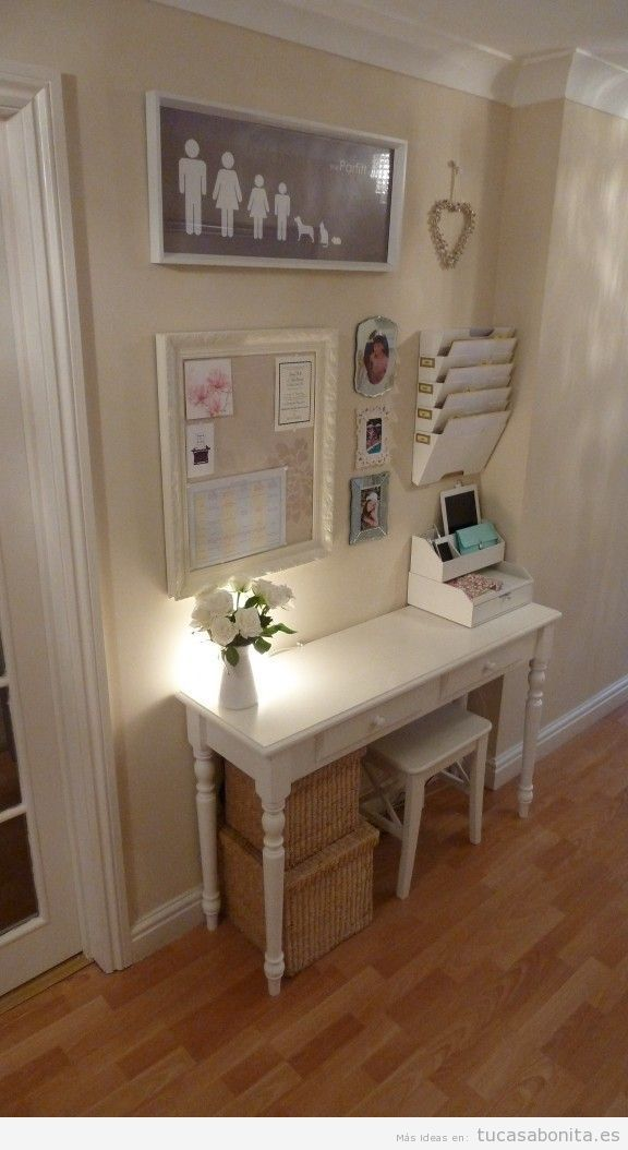 Idea para decorar la casa, un rincón con un escritorio para la ...