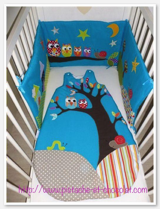 des hiboux sur un tour de lit personnalis et sa gigoteuse assortie baby sewing. Black Bedroom Furniture Sets. Home Design Ideas