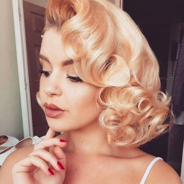 19 Women With Vintage Style You Ll Want To Follow On Instagram Vintage Curls Prom Hairstyles For Short Hair Rockabilly Hair