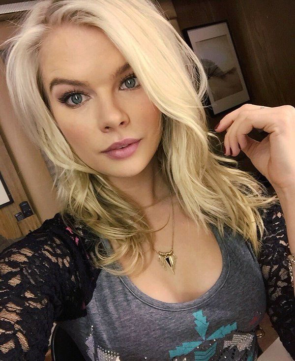 Kelli Goss Young And The Restless Blonde Hair Mysterious Hair Ideas