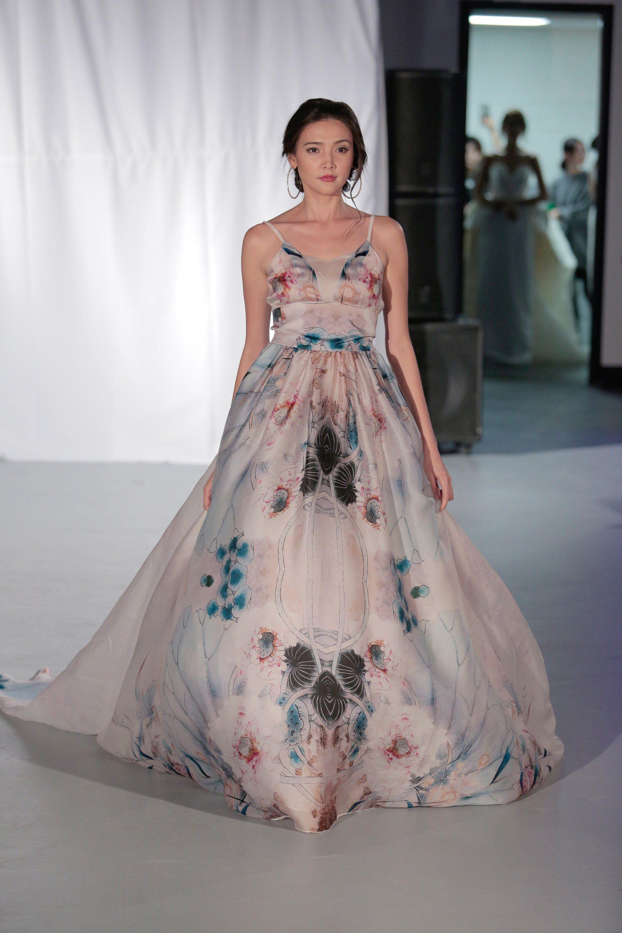 2f4e5d9e3722 Malan Breton Automne Hiver 2017 Most Beautiful Dresses