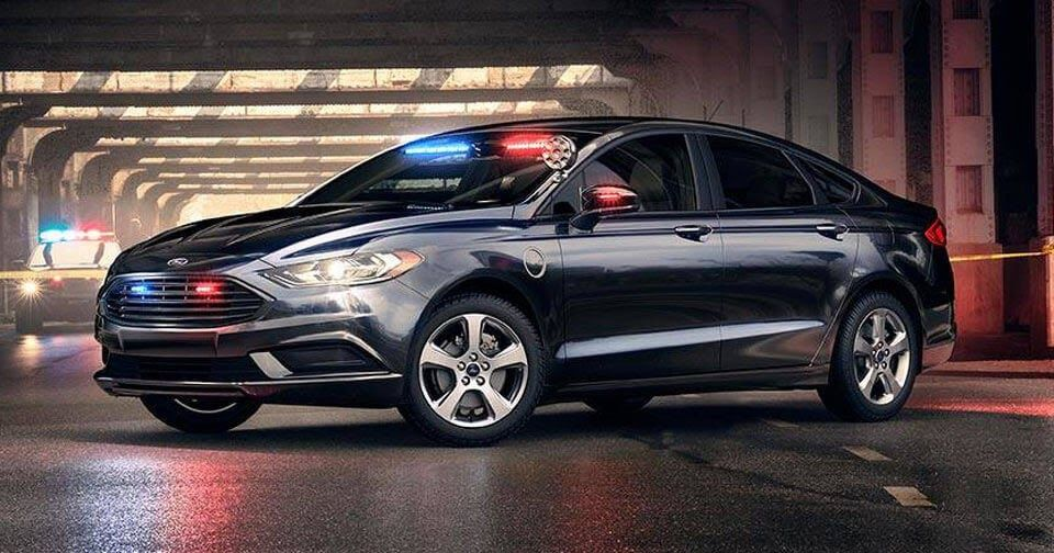 Ford S First Plug In Hybrid Police Car Will Help Clean Up Our