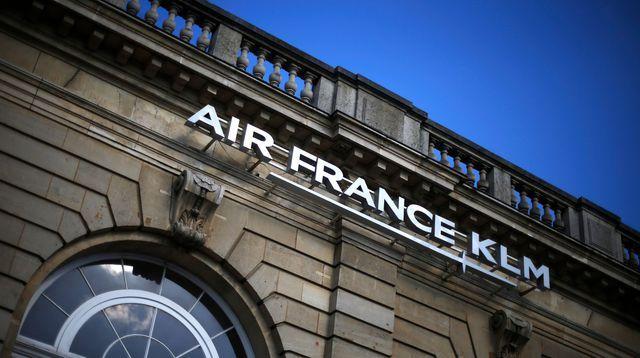 Près d'un millier de départs volontaires chez Air France en 2016