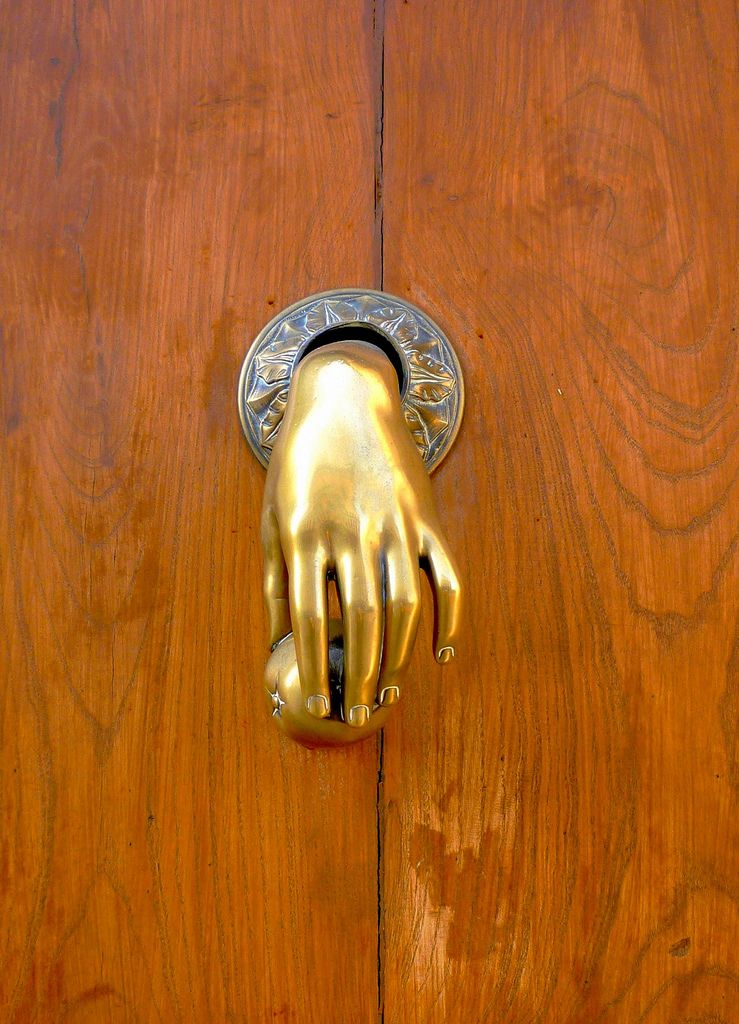 P1040491 Aldaba For The Home Doors Door Knobs Knockers Door Knockers Unique