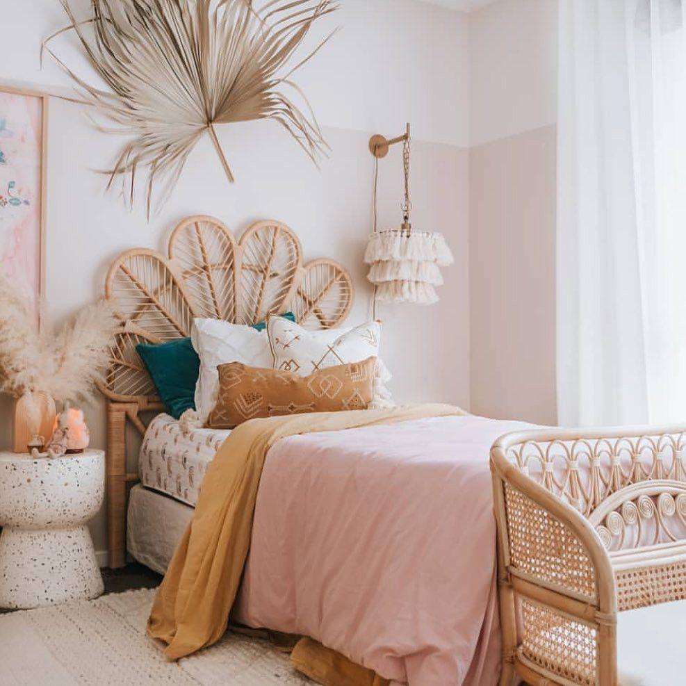 2020 的 55 Absolutely breathtaking farmhouse style bedroom ...
