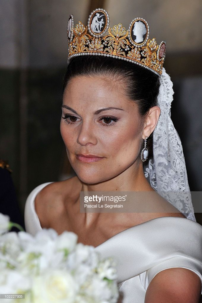 Crown Princess Victoria of Sweden attends her wedding banquet at the Royal Palace on June 19, 2010 in Stockholm, Sweden. (Photo by Pascal Le Segretain/Getty Images)