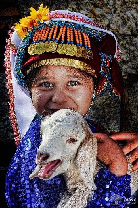 Fotograf Erden Canturk Cehre Sanat Anadolu Ocagi Figur Cizimleri Poertre Resimleri Hayvanlar