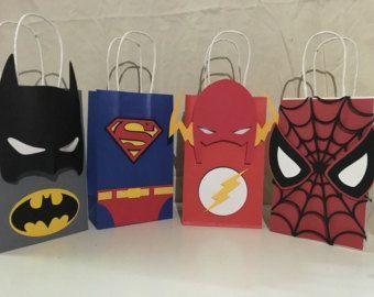 Estas bolsas de favor de parte de vengador son que el - Bolsas para flash ...