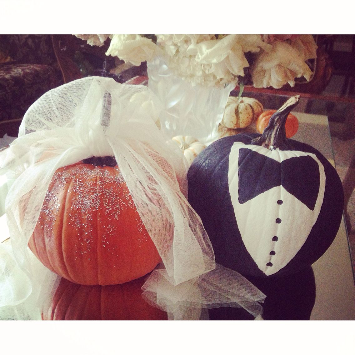 Halloween Wedding Pumpkin: Bride And Groom Painted Halloween Pumpkins