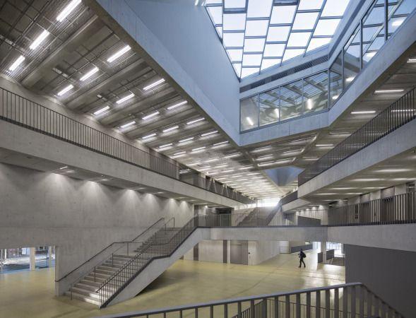 Sichtbeton Verkleidung beton sichtbeton hohe klasse metall glas transperenz hellgrün