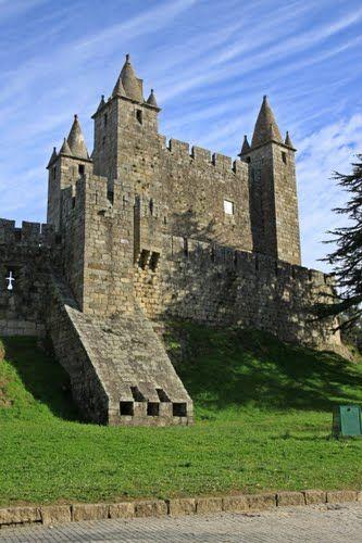 Castelo de Santa Maria da Feira, Portugal