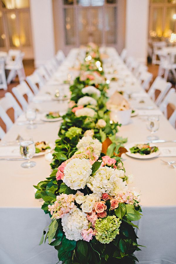 Atlanta Wedding At Callanwolde Fine Arts Center From Amy Arrington Reception Table Runners Wedding Flower Trends Table Flowers