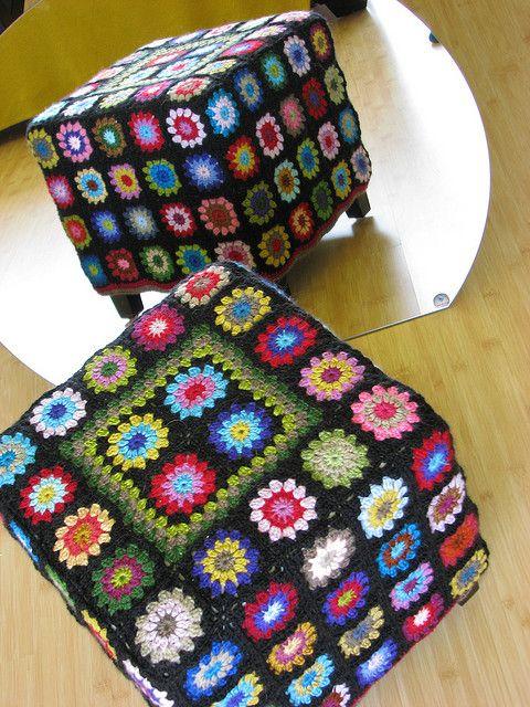Crochet storage square. Cool idea! Can use any granny square color ...