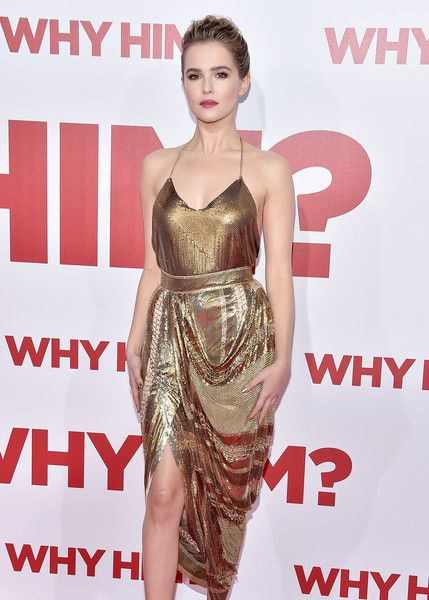 who-wore-it-better-zoey-deutch-vs-kourtney-kardashian-in-balmain-2017-sequin-skirt-4