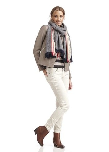 Keep warm in this blanket-like style for endless drapey looks and wrapping for days.