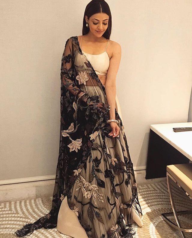 pinterest: @garimajani • | Saree and blouses | Pinterest | indische ...