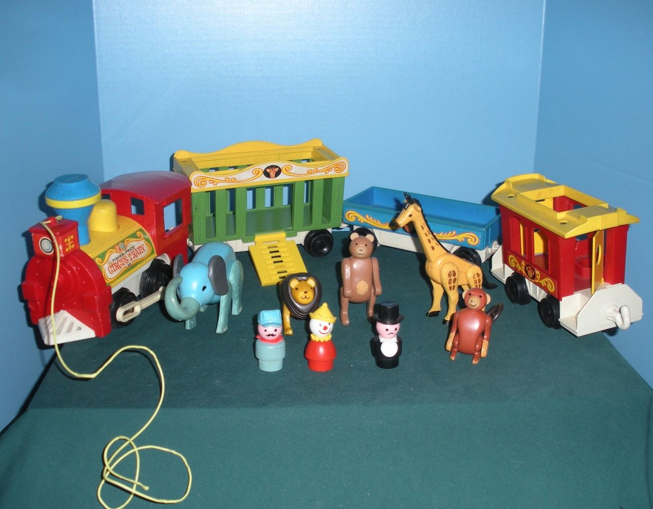 Vintage Fisher Price Little People #991 4 Car Circus Train COMPLETE ...