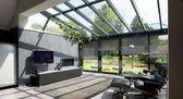 Wintergarten, Erweiterung und Dach Moderne Erweiterung mit Holzboden. Von Tamara … – Ein …   – uncategorized