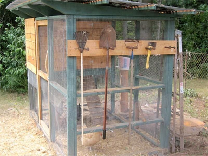 Chicken Coop - DIY chicken coop ideas, plans, roost, free range ...