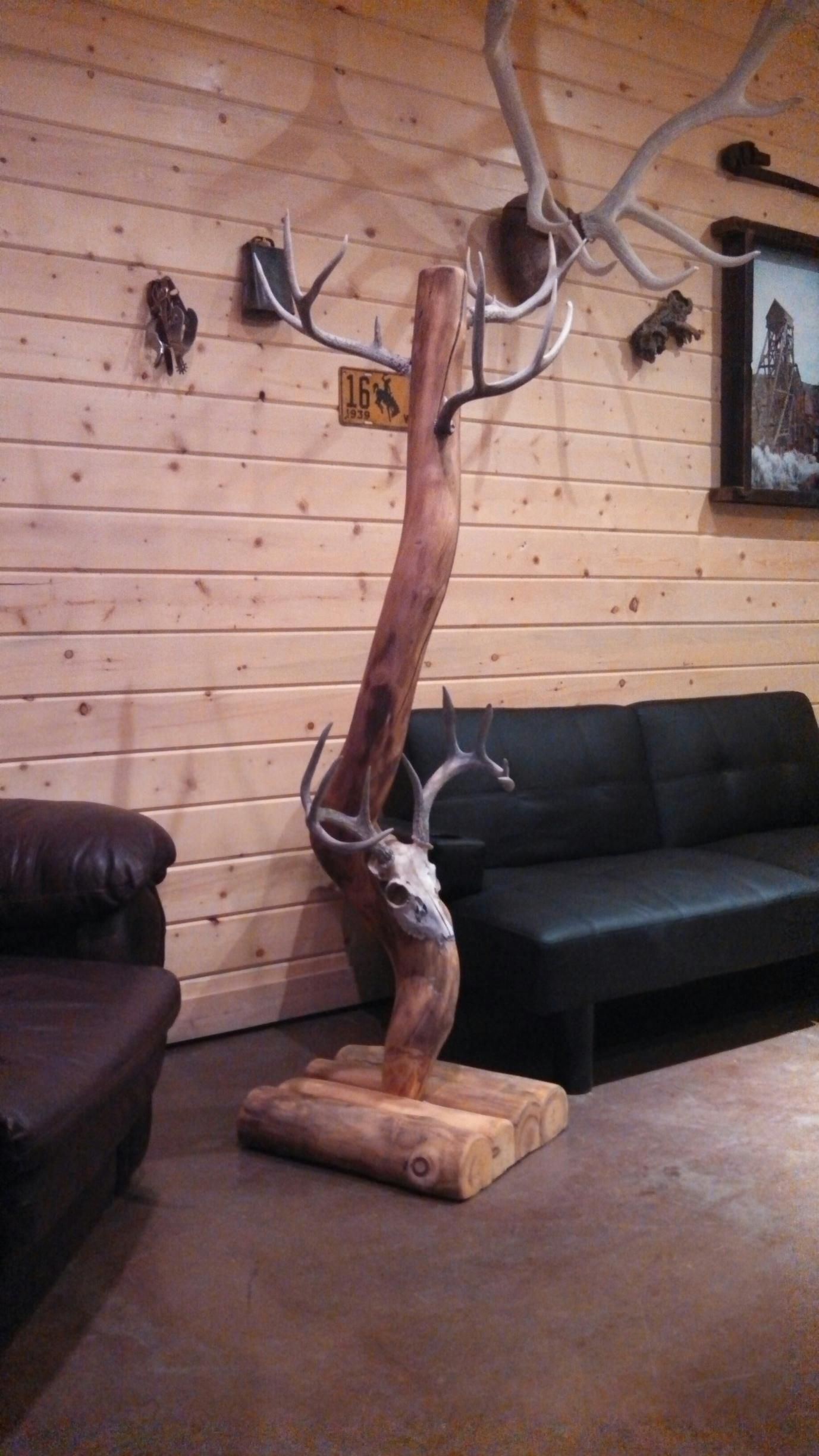 Antler Coat Rack | Dsrve | Pinterest | Coat racks, Antlers ...