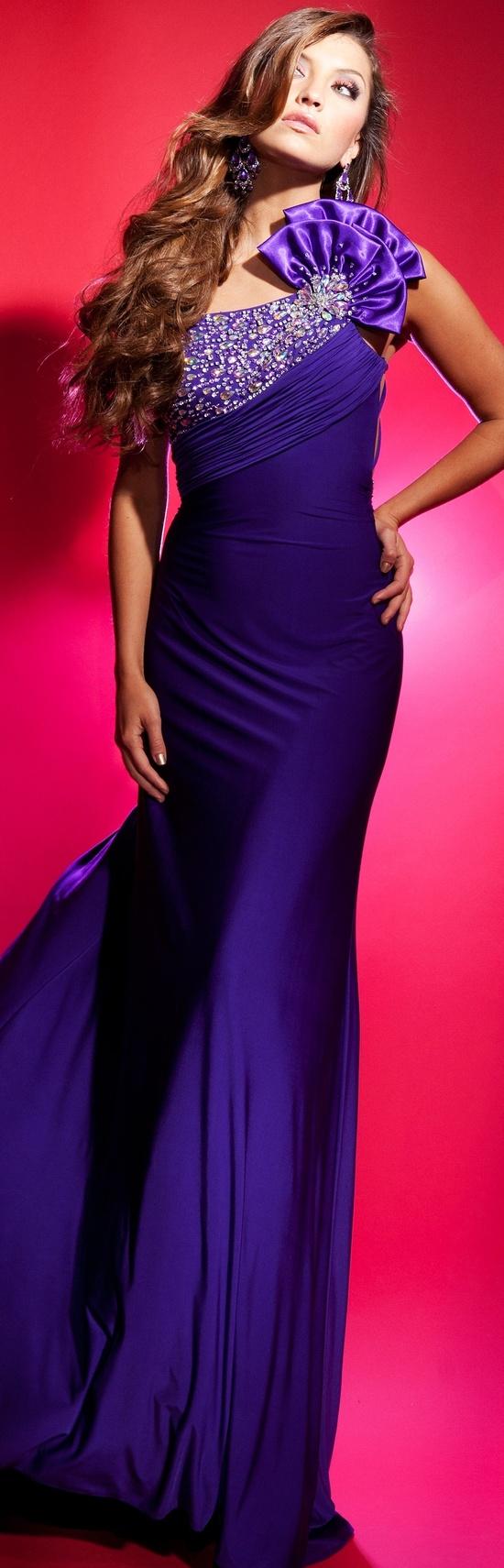 Pin de Normita Martinez en Moda   Pinterest   Vestido elegante, Alta ...